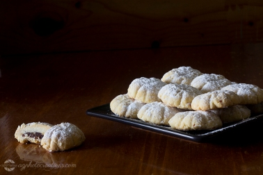 Kahk - Middle Eastern Cookies